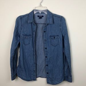 Lightweight Old Navy Chambray Button Down